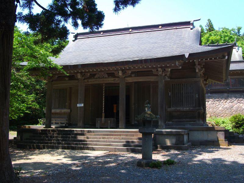 鳥海山大物忌神社
